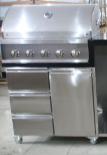 Sliver Color Commercial Kitchen Equipments Gas Grill / 201# Stainless Steel Grill With Cabinet