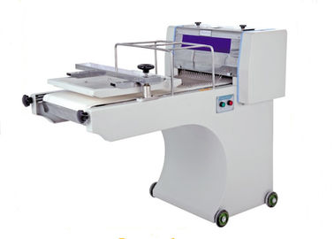 China Bakery Equipments Electric Toast Bread Moulder Productivity 200pcs Per Hour supplier