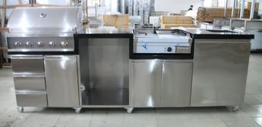 China Sliver Color Commercial Kitchen Equipments Gas Grill / 201# Stainless Steel Grill With Cabinet supplier