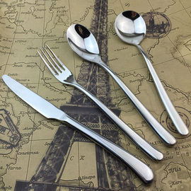 China Silver Stainless Steel Cutlery Dinner Knife / Fork / Spoon High-grade Banquet Tableware factory
